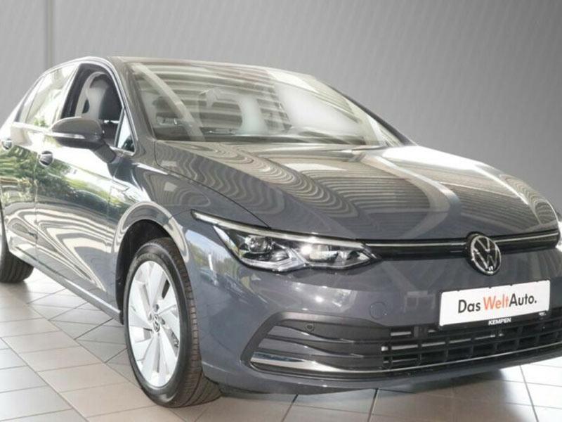 Volkswagen Golf 8 1.5 eTSI DSG